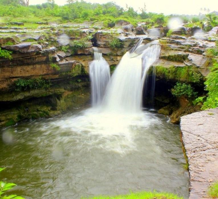 Jamzir Waterfall
